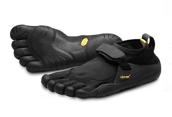 shoe gloves feet